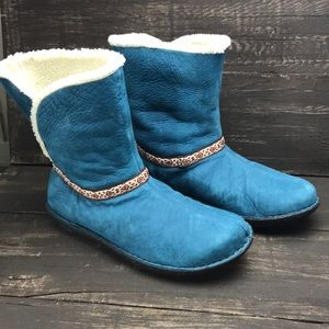 Keen Women's Blue Leather Winter Boots Size 9